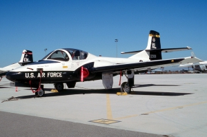Cessna T-37 Tweet_4