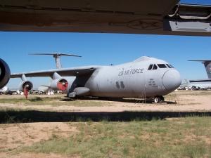 Lockheed C-141 Starlifter_5