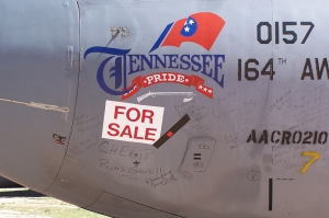 Lockheed C-141 Starlifter Noseart_1